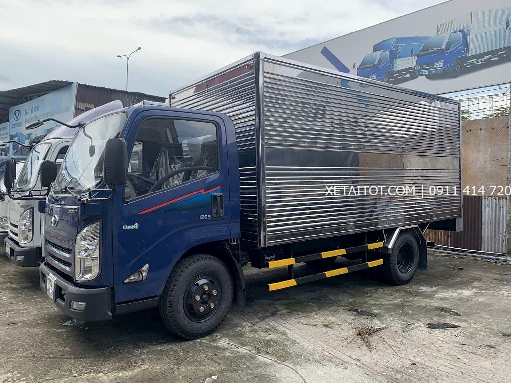 Đô Thành IZ65 thùng kín giá rẻ
