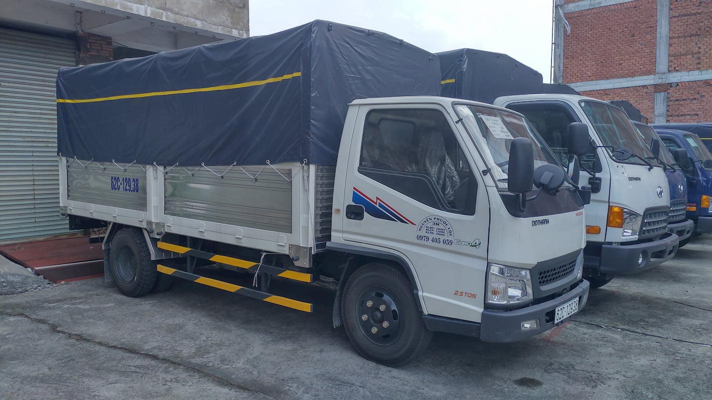 Xe tải Đô Thành IZ49 màu trắng