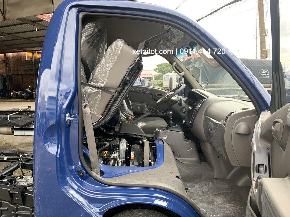 Động cơ được đặt dưới ghế