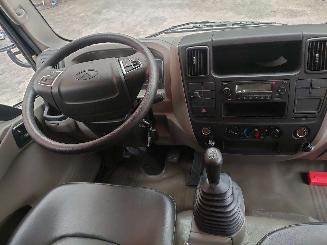 Khu vực lái xe IZ65 Đô Thành