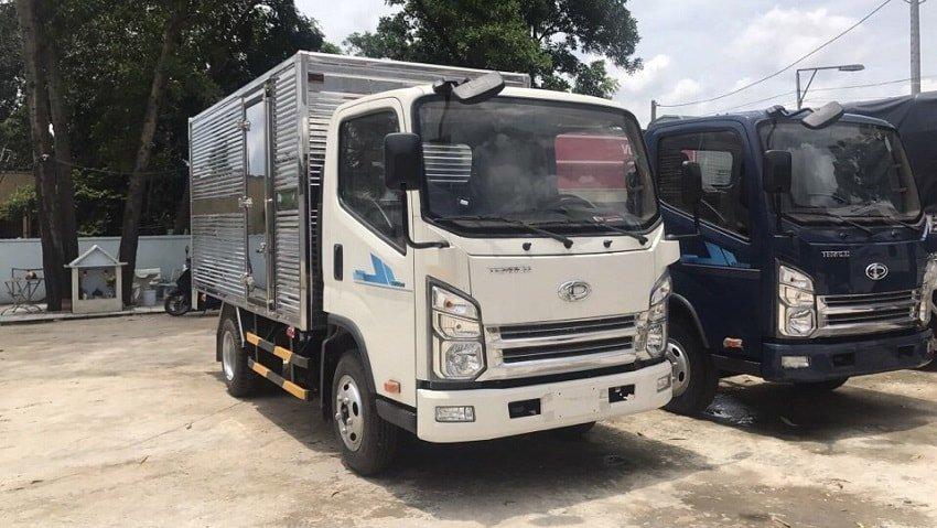 Xe tải Tera 240 thùng kín.