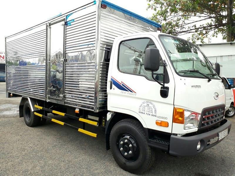 Xe tải 8 tấn Hyundai HD800 thùng kín