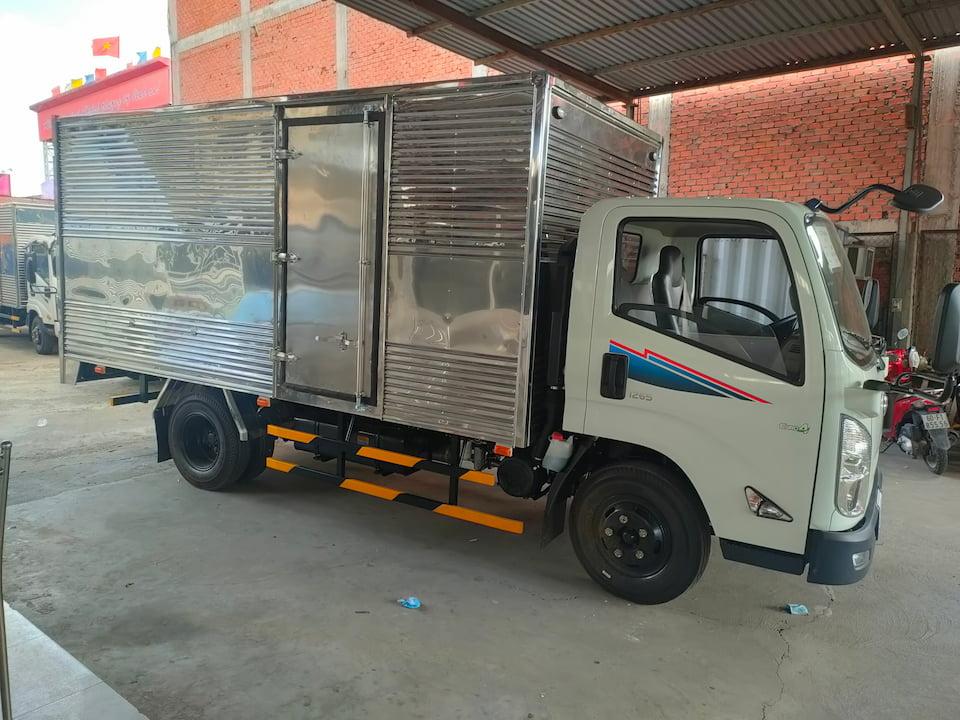 Xe Đô Thành IZ65 thùng kín