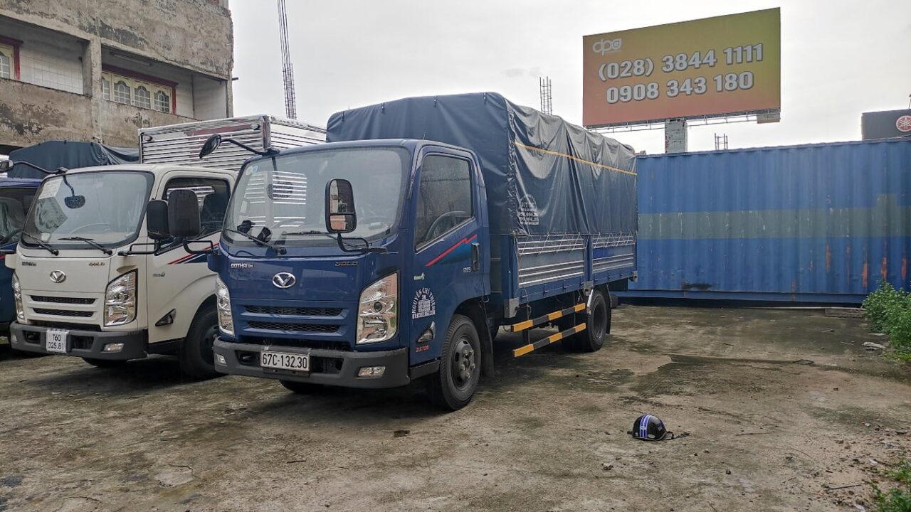 Xe tải Đô Thành 3.5 tấn màu xanh