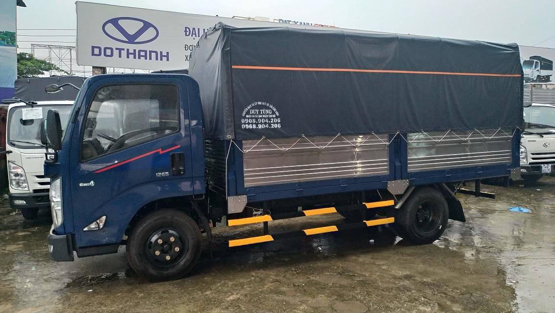 Xe tải IZ65 Đô Thành 3,5 tấn thùng bạt