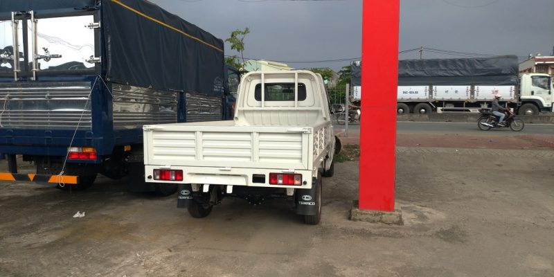 Xe tải Tera 100 thùng lững 1 tấn