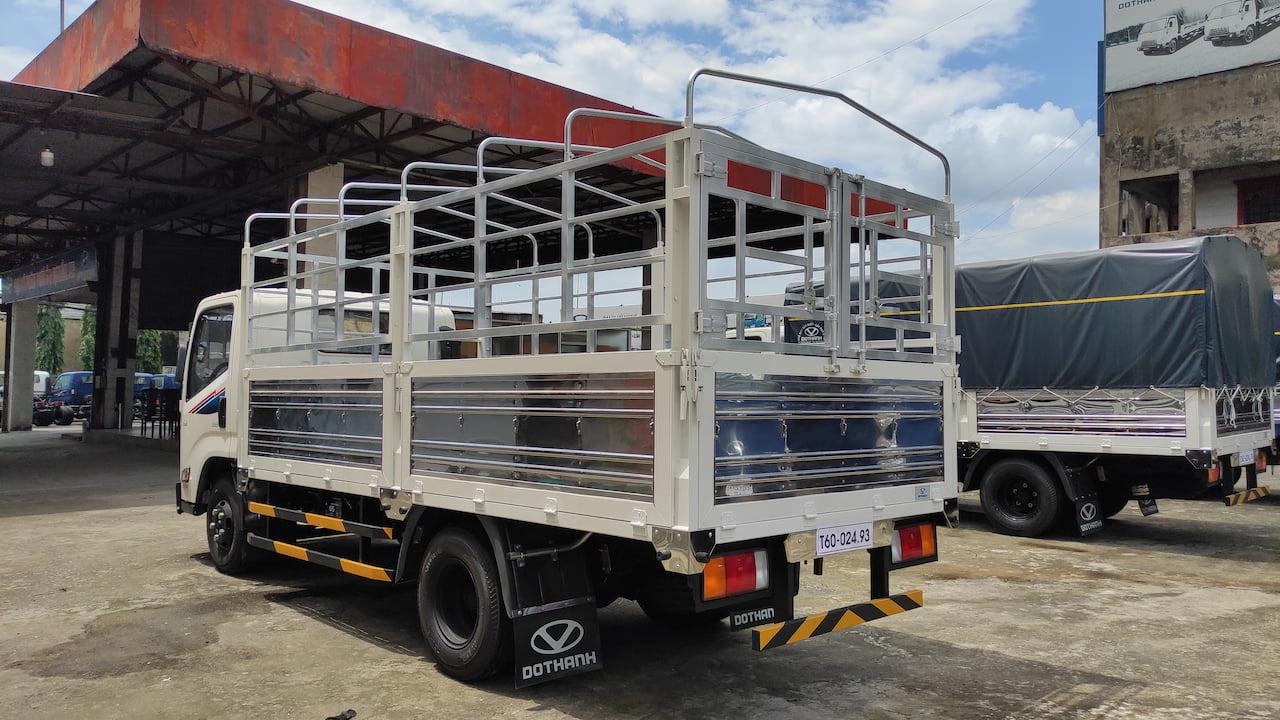 Xe tải Đô Thành IZ65 1.9 tấn thùng bạt