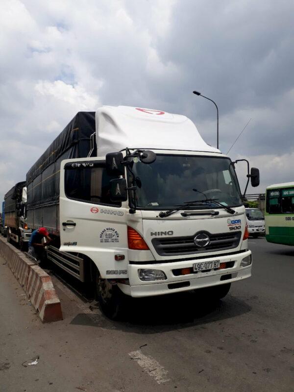 Mui lướt gió xe tải Hino 15 tấn