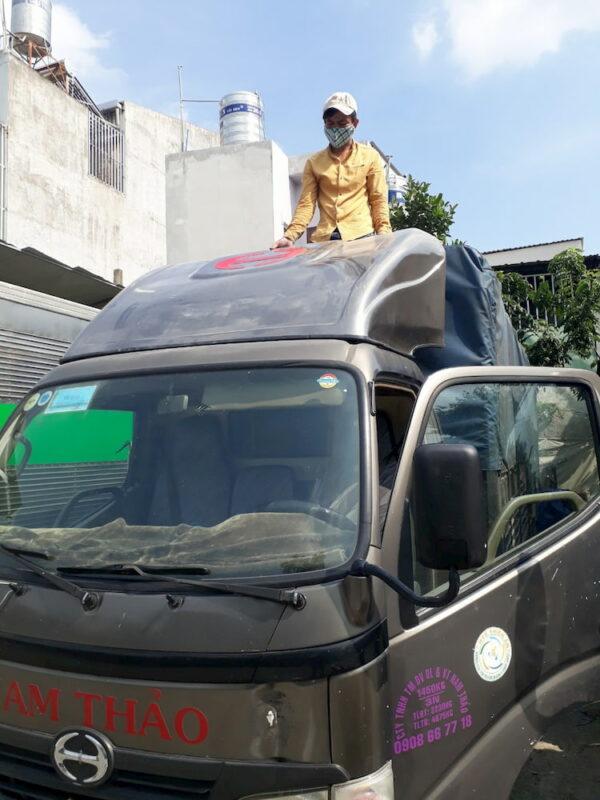 Mui lướt gió xe tải Hino giá rẻ mà đẹp