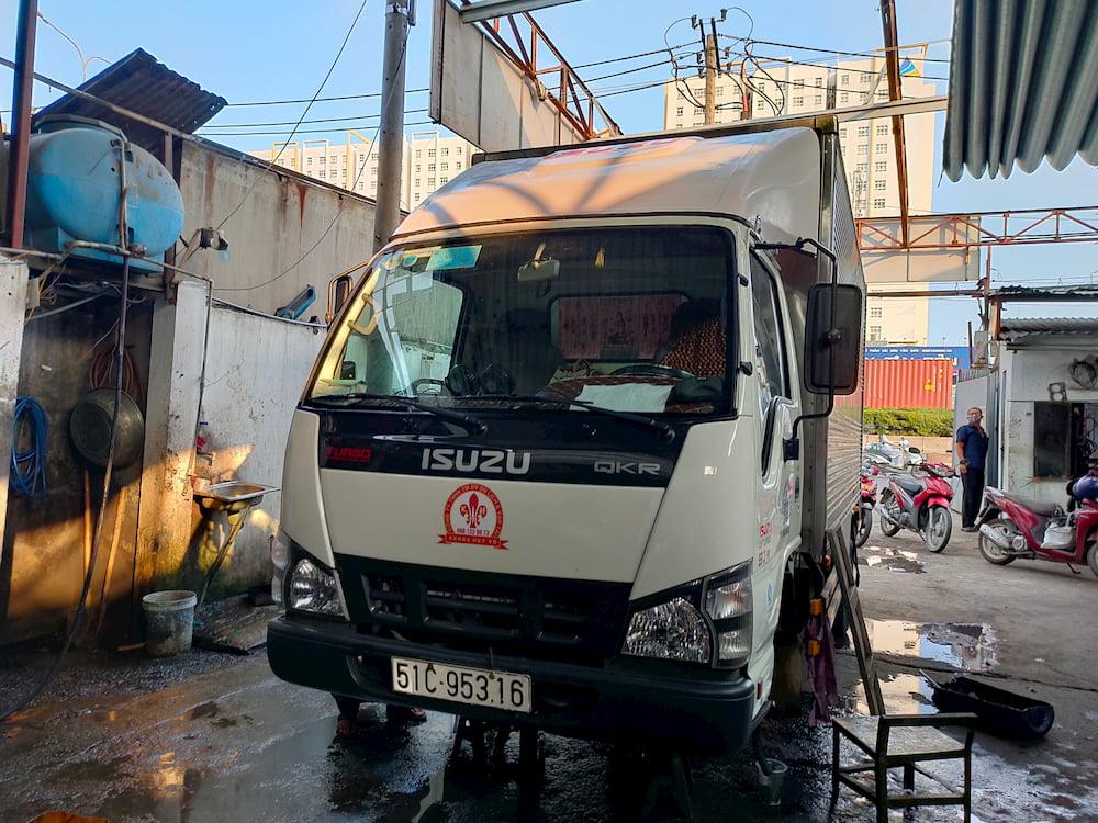 Mui lướt gió xe tải ISUZU QKR270