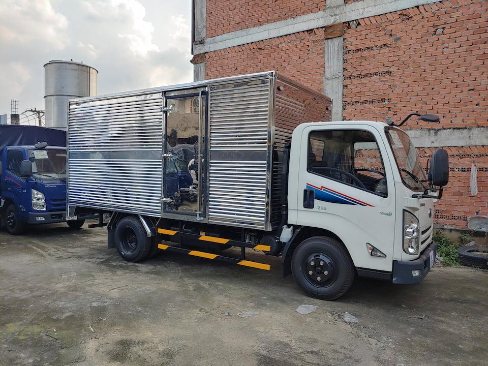 Xe tải Đô Thành IZ65 1.9 tấn thùng kín