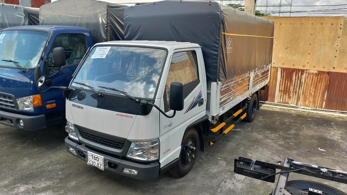 Báo giá xe tải IZ49 Đô Thành bạt trắng