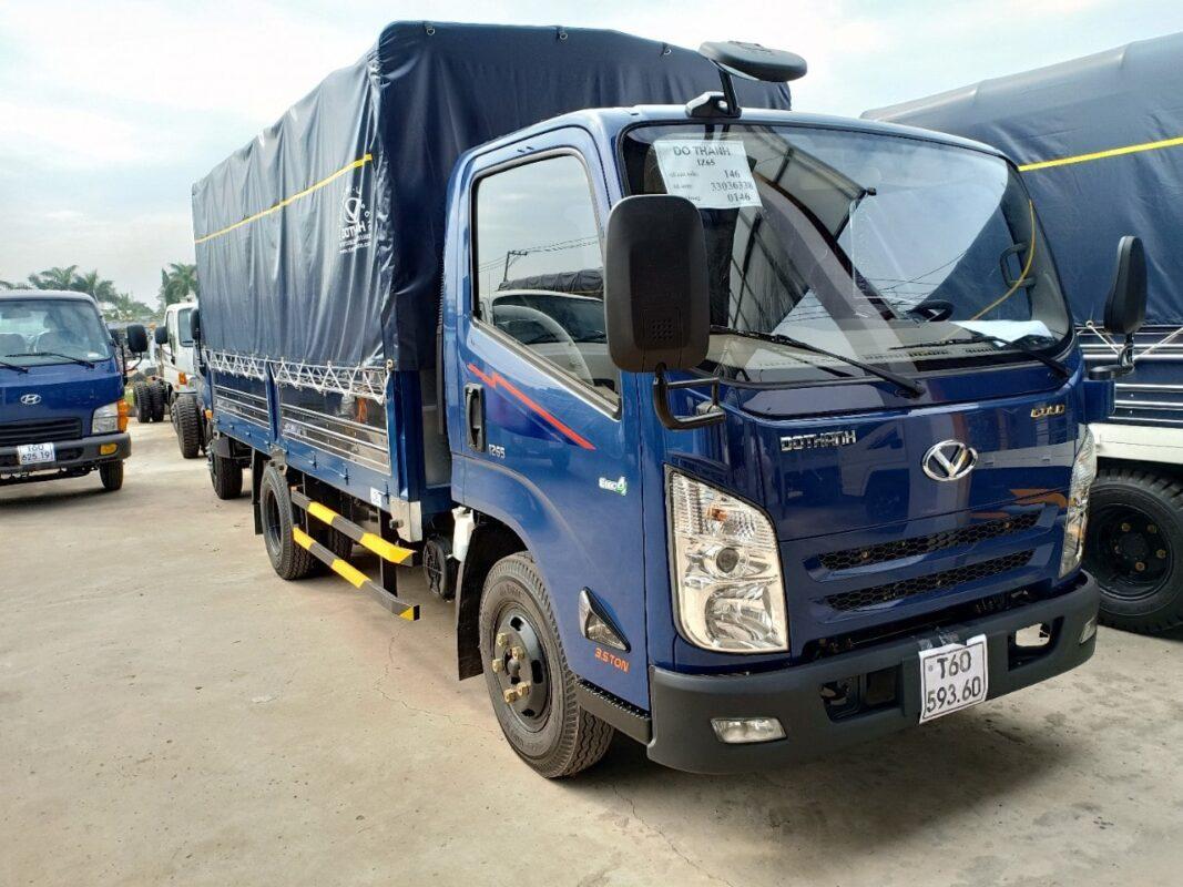 Giá xe tải IZ65 thùng mui bạt