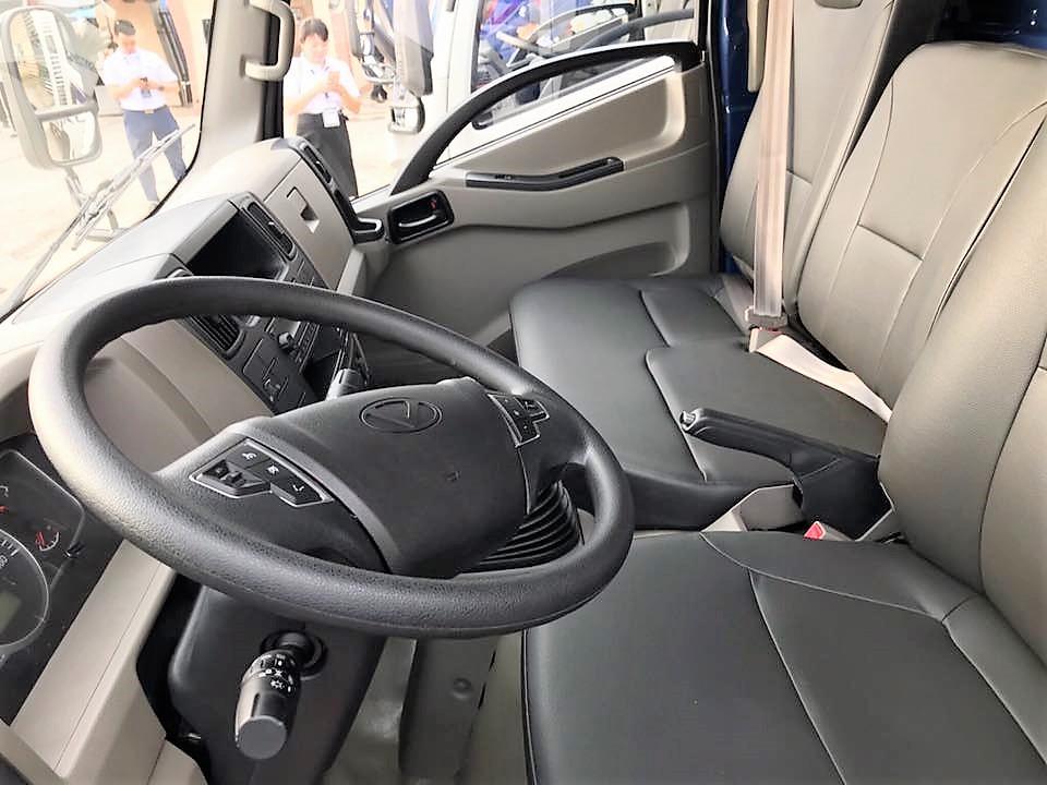 Nội thất IZ65 thiết kế riêng cho xe chạy vào thành phố với đầy đủ tiện  nghi.