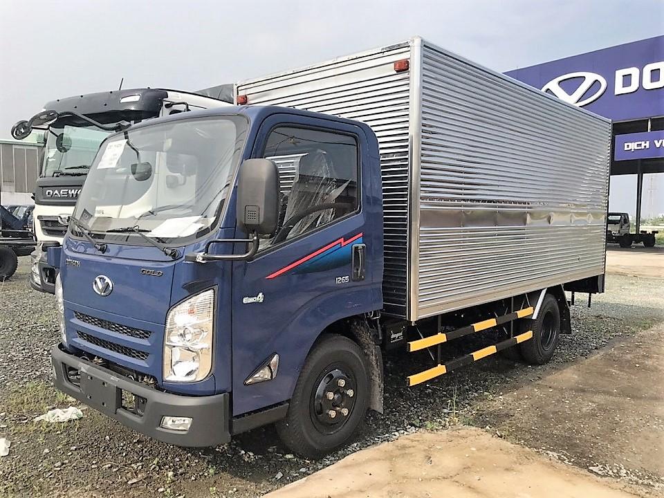 Xe tải Đô Thành IZ65 thùng kín tiêu chuẩn