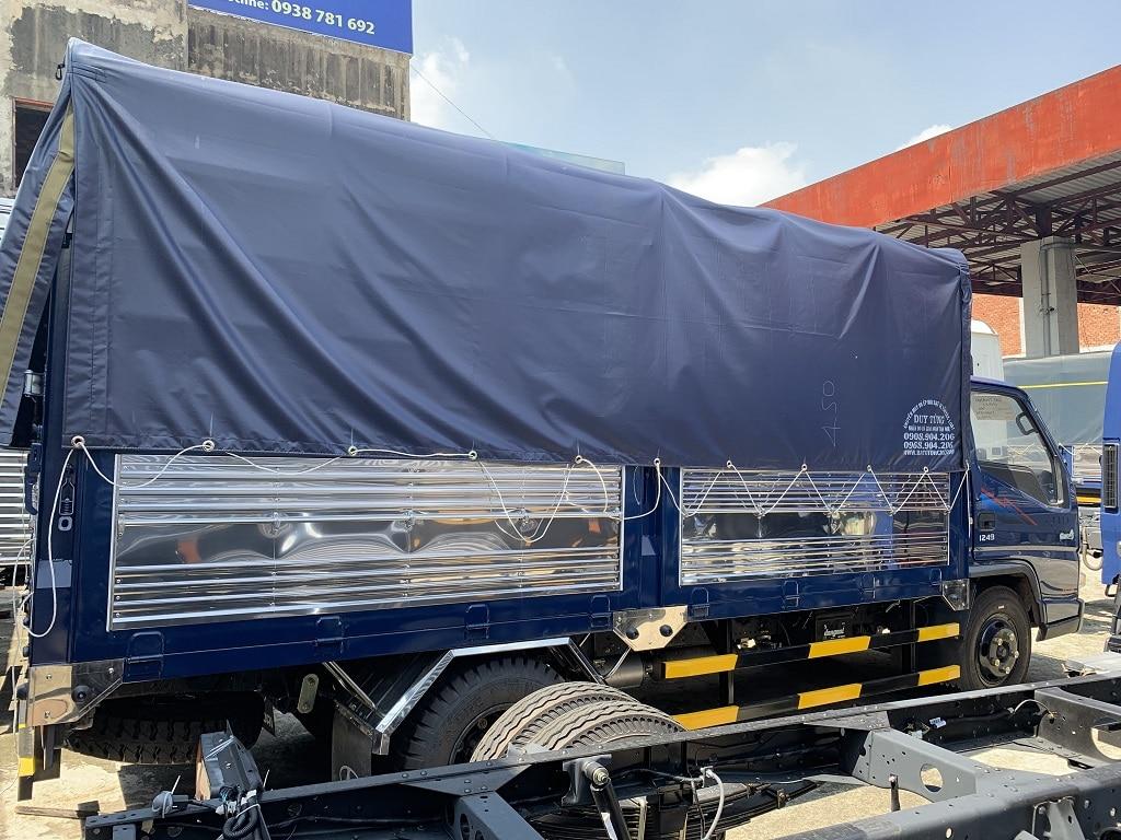 IZ49 thùng mui bạt 2019