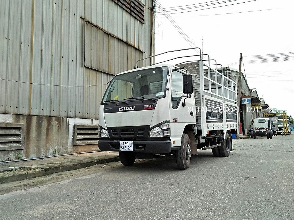 Xe tải 2.5 tấn ISUZU