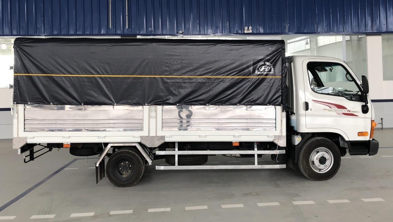 Ảnh xe tải Hyundai New Mighty N250 màu trắng