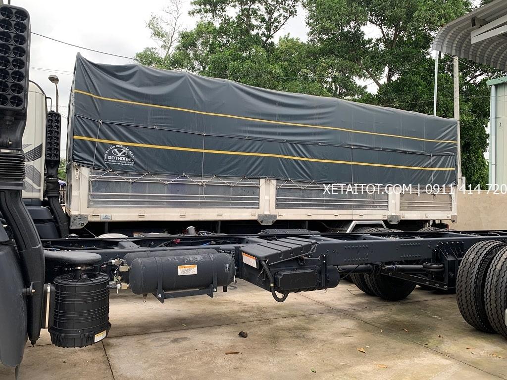 Kết cấu tiêu chuẩn châu Âu trong tầm giá xe tải Daewoo 15 tấn HU8AA