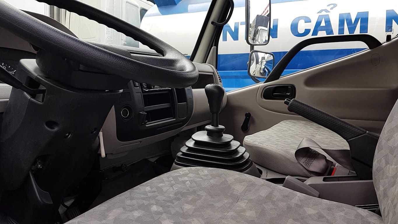 Nội thất bên trong của xe