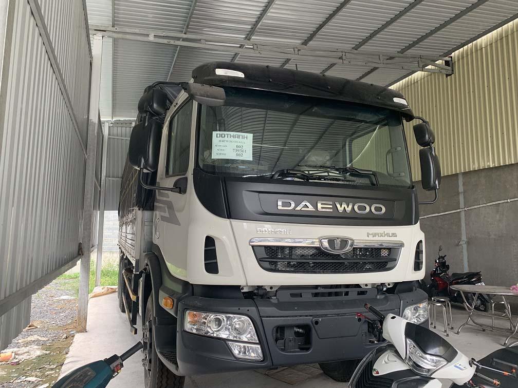 Thiết kế đầu ca-bin của xe tải Daewoo HU6AA