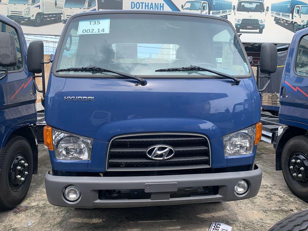 Ngoại hình xe tải Hyundai 110SP phía trước
