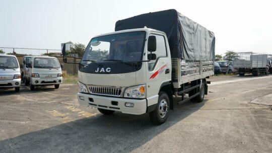 Xe tải 5 tấn JAC L500 thùng bạt