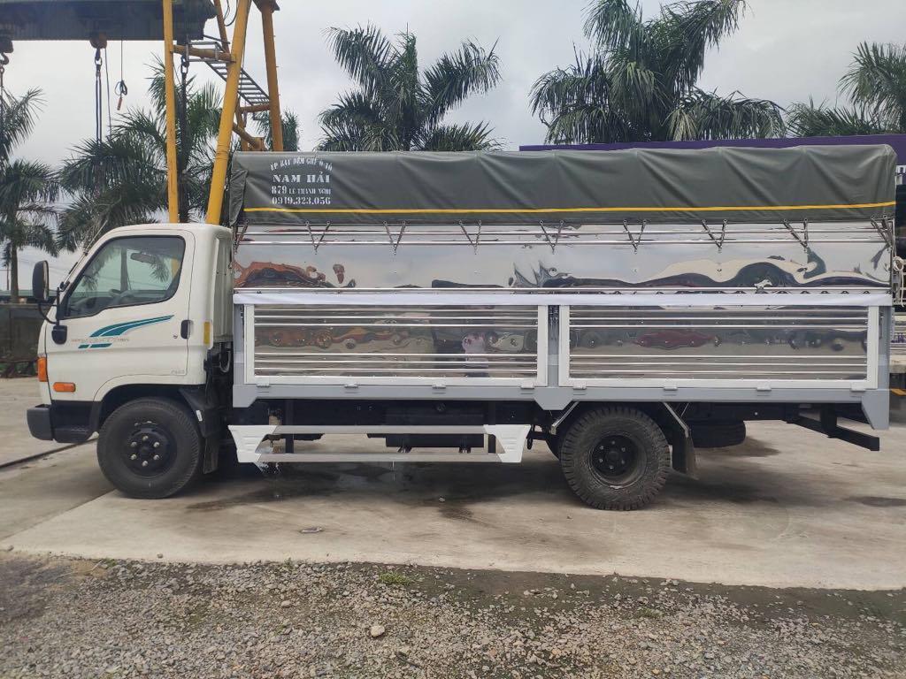 Xe tải Hyundai 110SP thùng mui bạt