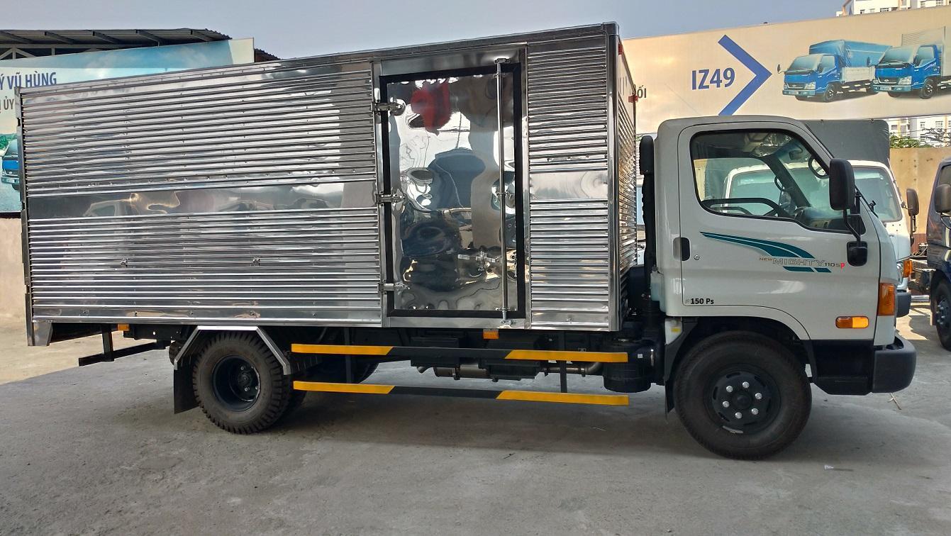 Xe tải Hyundai 110SP thùng kín