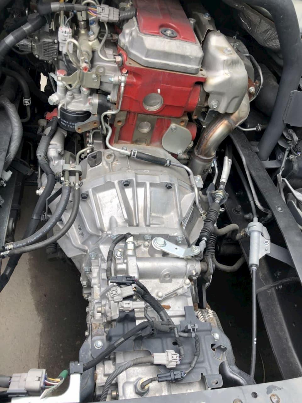 Kết cấu động cơ, hộp số, khung gầm