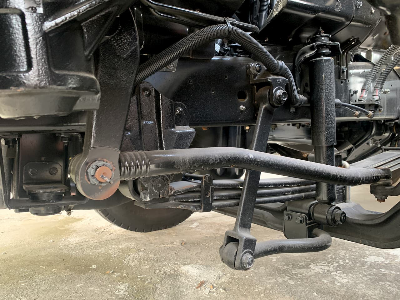 Hệ thống lái của xe đầu kéo