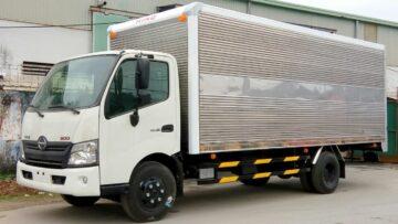 Giá xe tải Hino 3.5 tấn XZU 720L