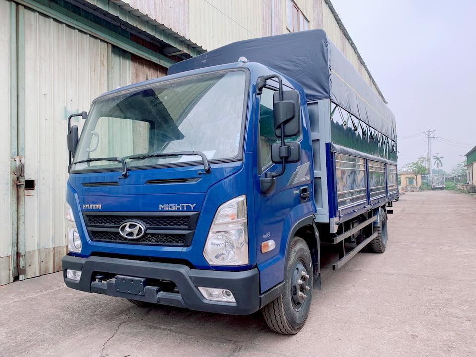 Giá xe tải Hyundai EX8 thùng mui bạt