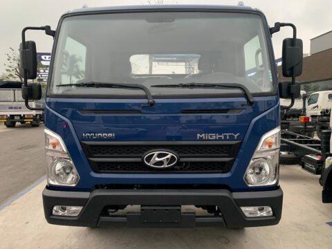 Hệ thống đèn và thiết kế phía trước của Hyundai EX8