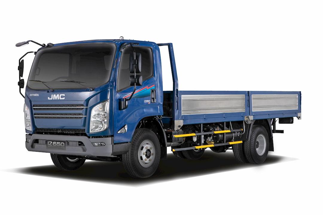 Xe tải Đô Thành IZ650-SE 6.5 tấn màu xanh thùng lững