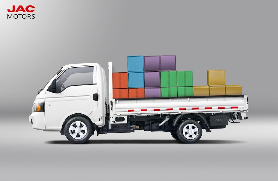 Chở hàng trên xe tải mới nên chở 70 % thôi