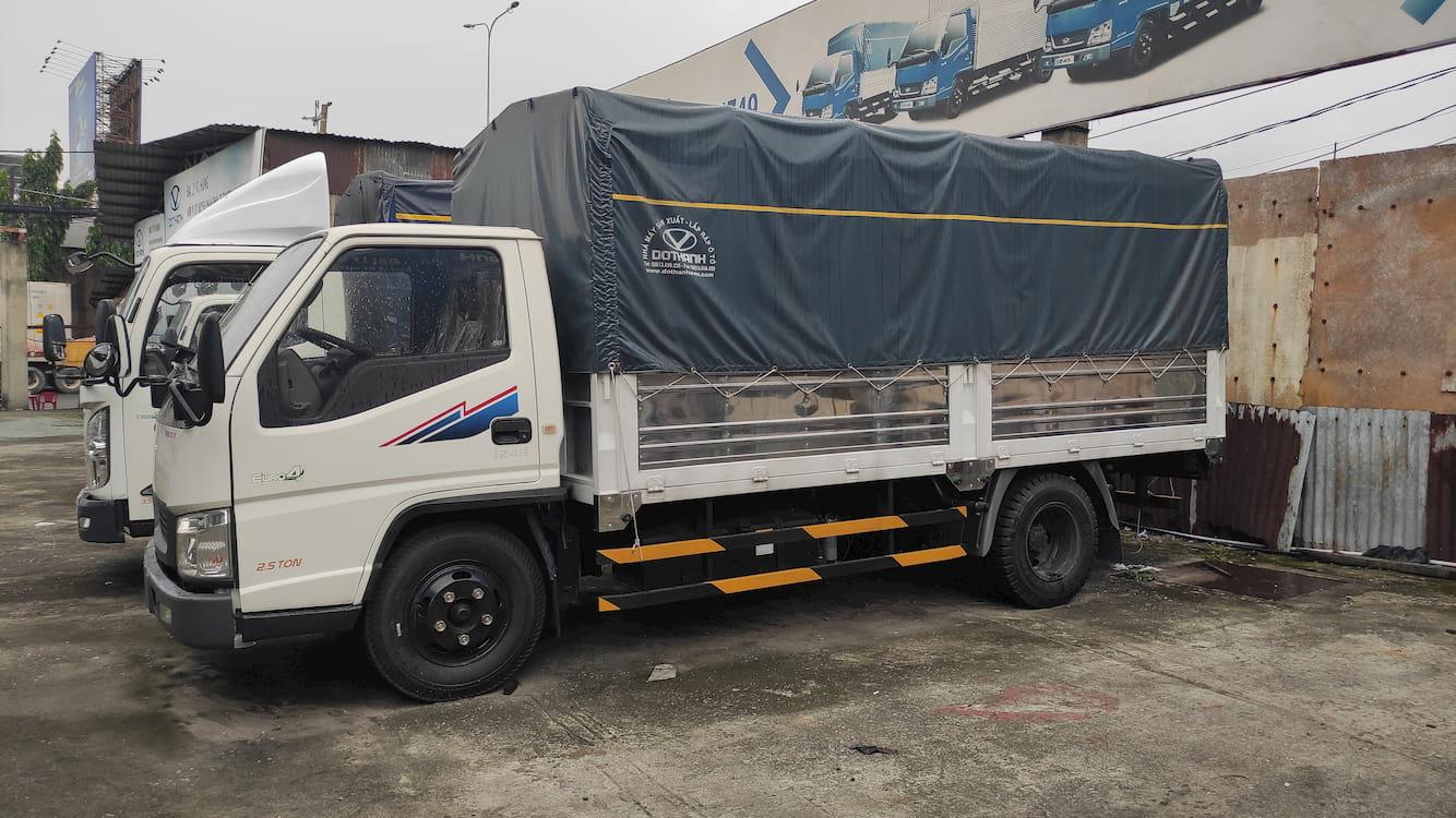 Giá Xe tải Đô Thành IZ49 2.5 tấn