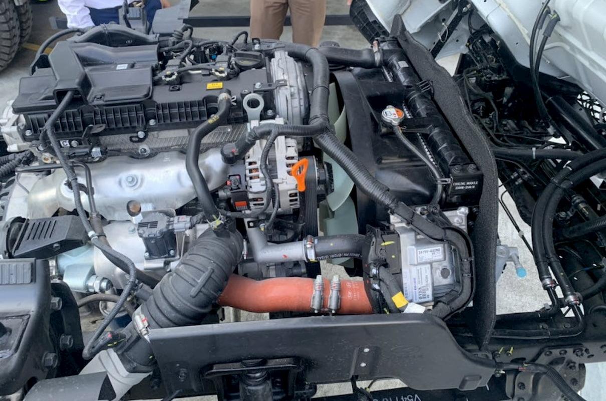 Toàn bộ linh kiện bên ngoài động cơ của Hyundai EX8 GTL