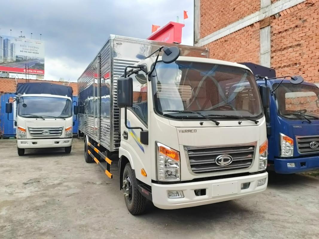 Khách hàng mua xe tải Tera 190SL