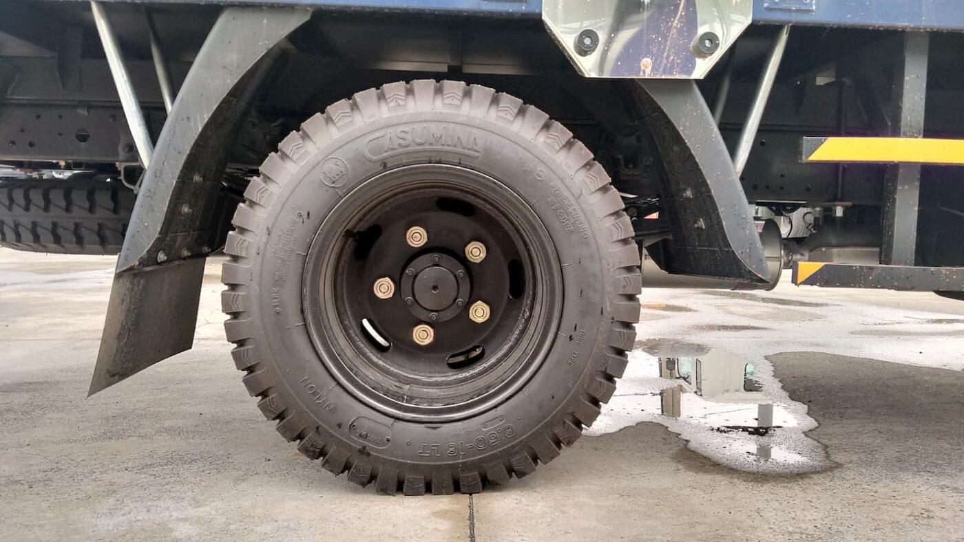 Lốp xe sử dụng lốp 6.5