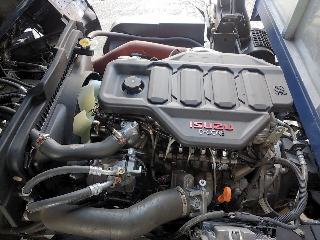 Động cơ isuzu trên xe tải Đô Thành IZ650 SE