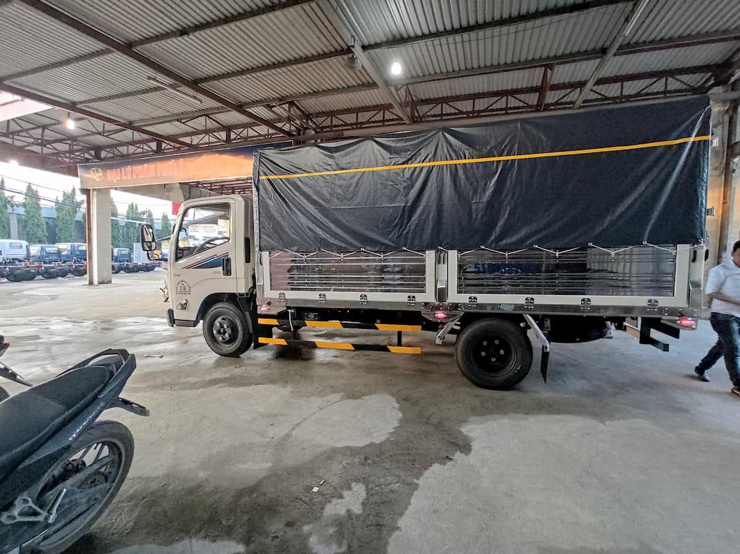 Xe tải Đô Thành IZ65 giá mới