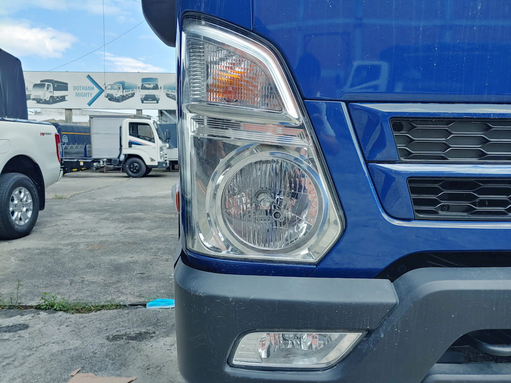 Đèn trước của xe Hyundai EX8 GT S2
