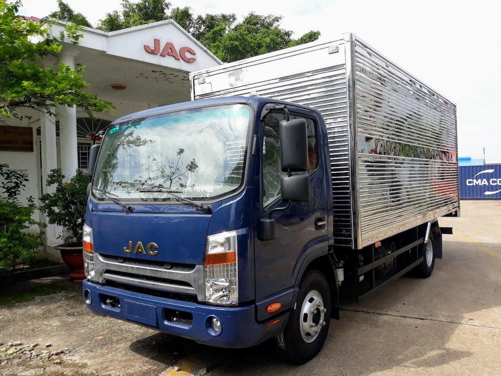 Giá xe tải JAC N500 5 tấn