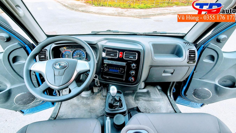 Không gian nội thất xe tải Tera 180